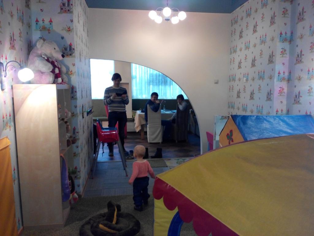 Игровая комната в семейном ресторане Сказкин